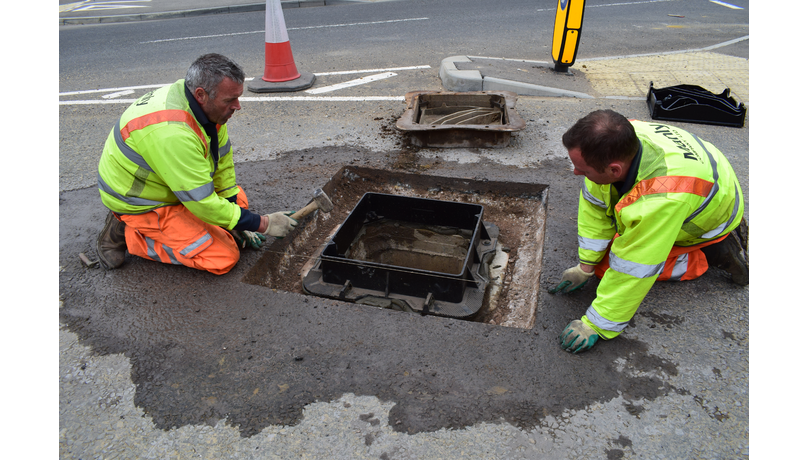 Mastic asphalt manhole reinstatement